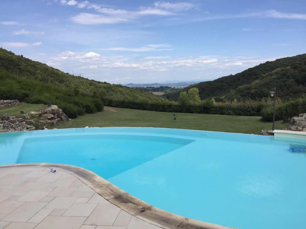 Agriturismo con piscina toscana la grotta dell 39 eremita - Agriturismo con piscina ...
